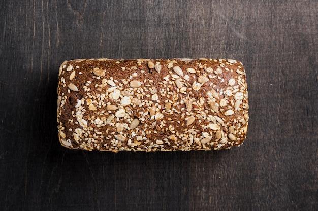 Vista superior pão saboroso simplista
