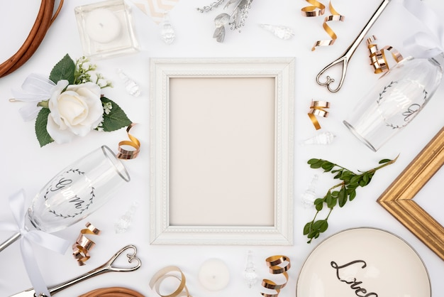 Vista superior projeto de mesa de casamento com moldura branca