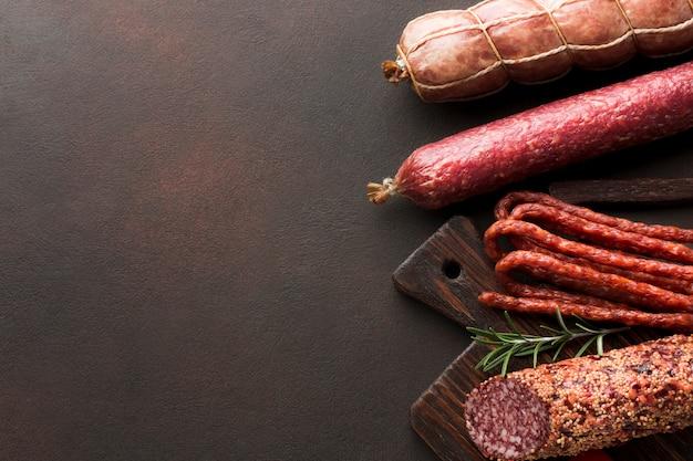 Vista superior saborosa carne de porco com espaço de cópia
