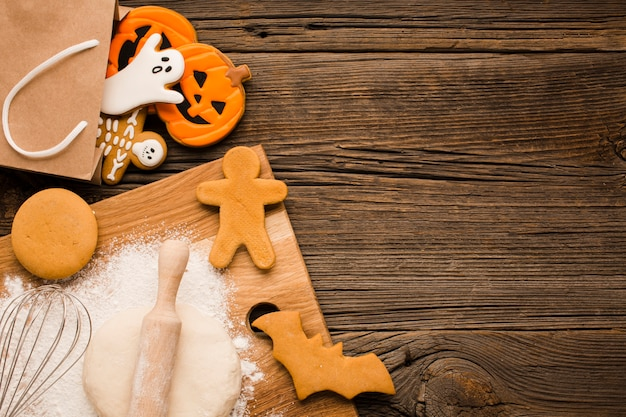 Vista superior saborosos biscoitos de halloween