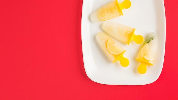 Vista superior sorvete de limão