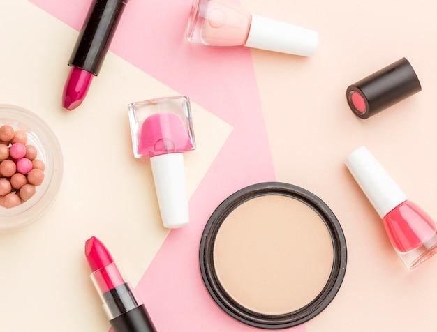 Vista superior variedade de produtos de beleza