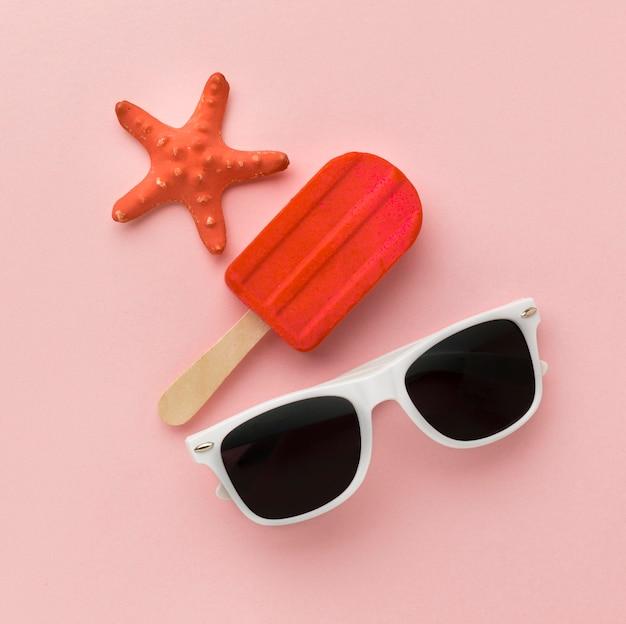 Vista superior verão óculos com sorvete