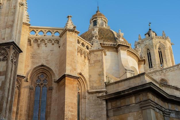 Vistas da catedral de tarragona, catalunha, espanha