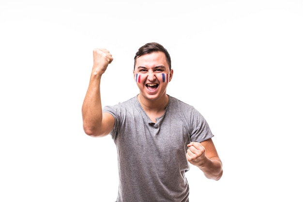 Vitória da frança. vitória, felicidade e emoções de grito de golo do fã de futebol da frança no apoio ao jogo da seleção francesa em fundo branco. conceito de fãs de futebol.