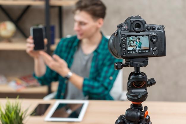 Vlogger de tecnologia