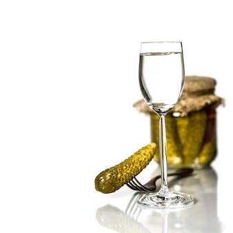 Vodka russa com picles