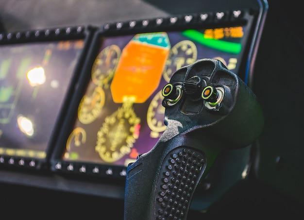 Volante, aeronaves, cabine de controle do piloto, painéis.