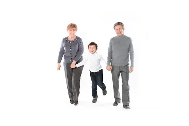 Vovó e vovô com neto