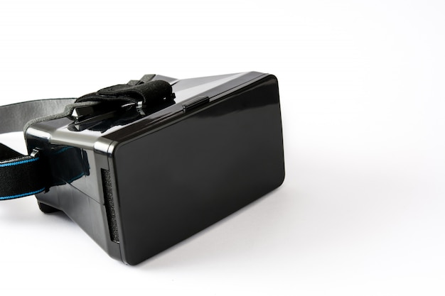 Vr. fone de ouvido de realidade virtual preto isolado no branco