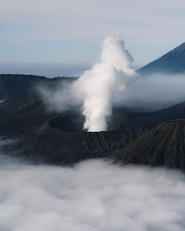Vulcão monte bromo na indonésia
