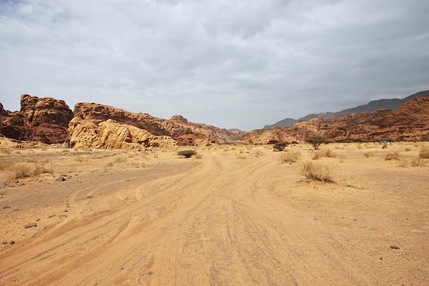 Wadi disah, cânion al shaq, arábia saudita
