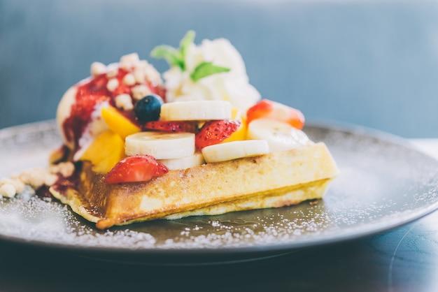 Waffle de frutas