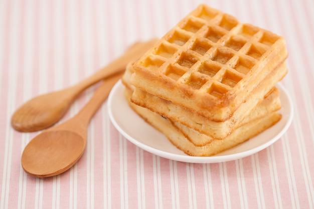 Waffle doce no prato