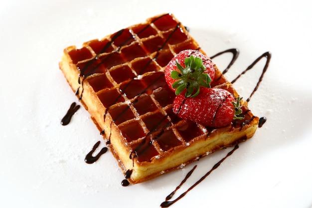 Waffles com morango