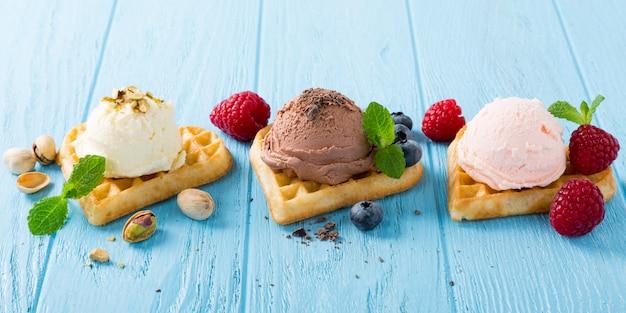 Waffles com sorvete