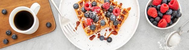 Waffles doces deliciosos com vista de cima