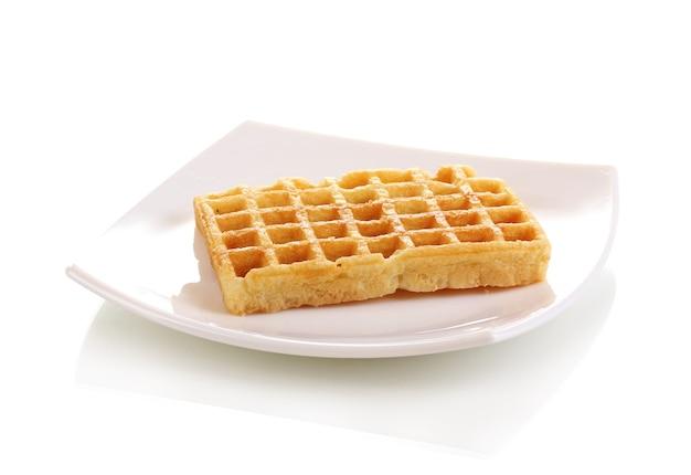 Waffles doces no prato branco