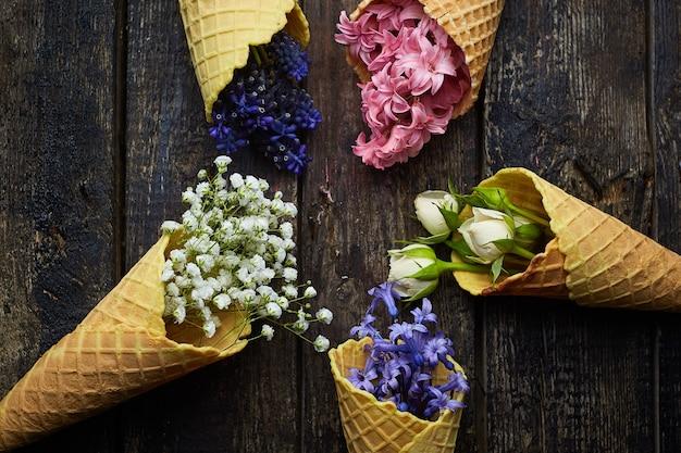 Waffles para sorvete com flores
