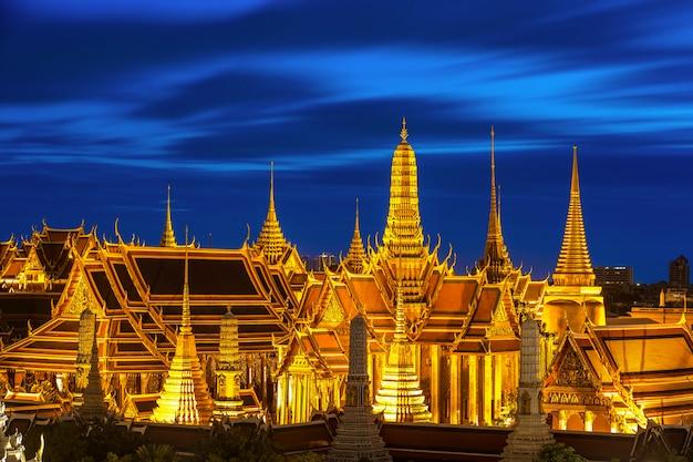 Wat phra kaew ancient, templo da esmeralda buddha em banguecoque, tailândia.
