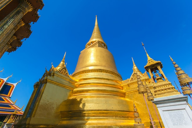 Wat phra kaew, templo da esmeralda buddha, banguecoque, tailândia.