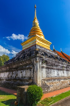 Wat phra que chang kham, província de nan, tailândia