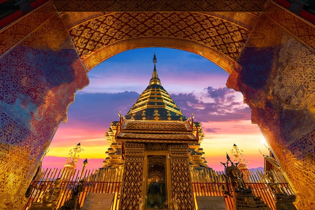 Wat phra that doi suthep em chiang mai, tailândia