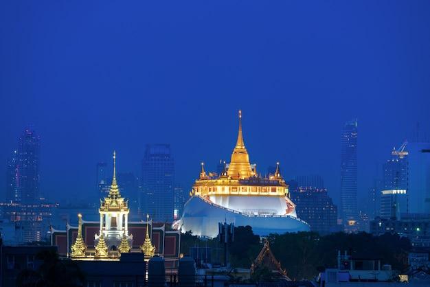 Wat saket ratcha wora maha wihan no distrito de pom prap sattru phai, banguecoque, tailândia.