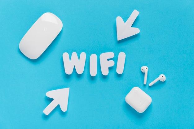 Wifi soletrado para fora com setas