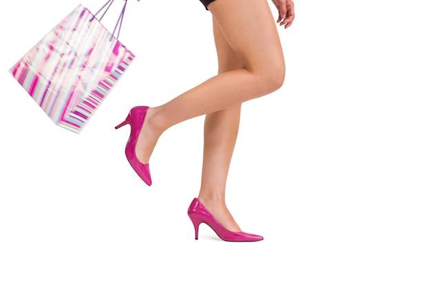 Womans pernas em salto alto