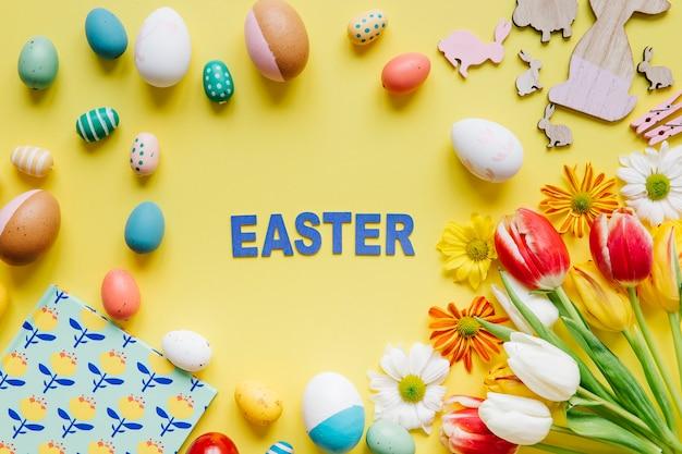 Word easter entre ovos e flores