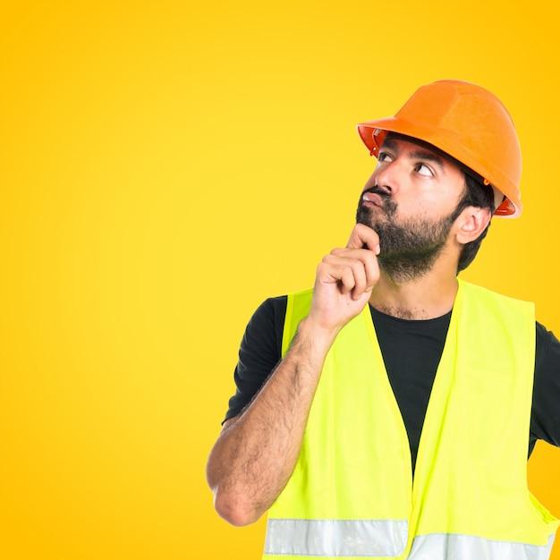 Workman, pensando, sobre, isolado, branca, fundo, colorido, fundo