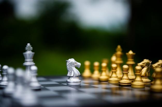 Xadrez, jogos de tabuleiro para conceitos e concursos e estratégias para idéias de sucesso nos negócios