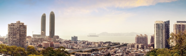 Xiamen, china, horizonte da cidade da ilha gulangyu.