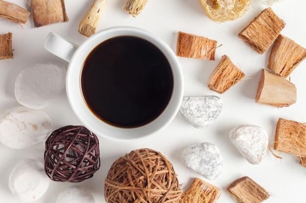 Xícara de café em branco
