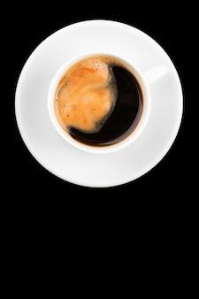 Xícara de café expresso com pires vista superior isolada