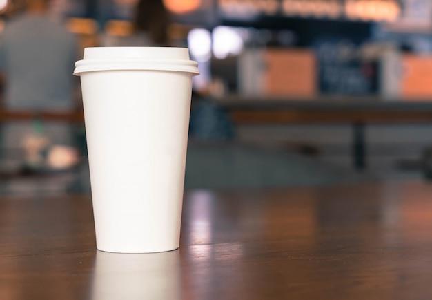 Xícara de café na cafeteria