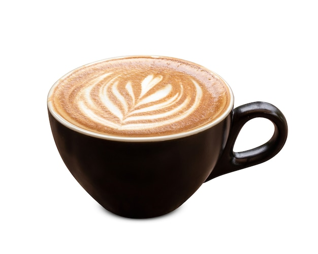 Xícara de café preto com leite com leite em forma de tulipa de espuma isolada no fundo branco.