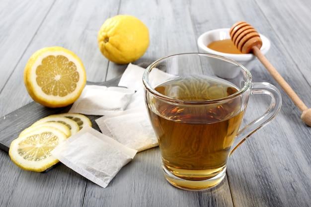 Xícara de chá com canela