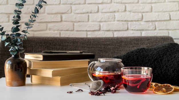 Xícara de chá com ervas