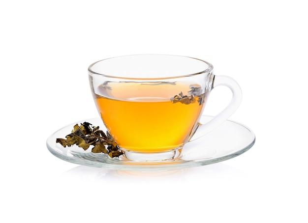 Xícara de chá isolada no fundo branco