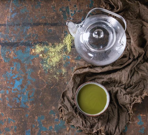 Xícara de chá matcha