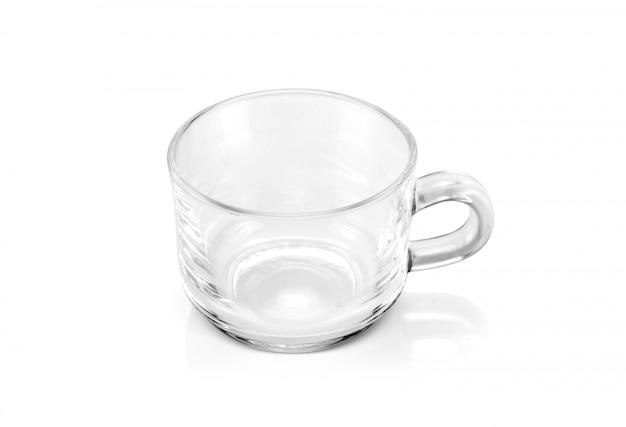Xícara de chá transparente, isolada no fundo branco