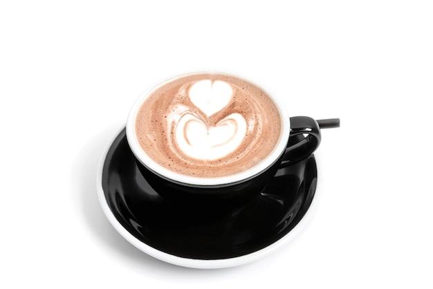 Xícara de chocolate quente isolada em um fundo branco