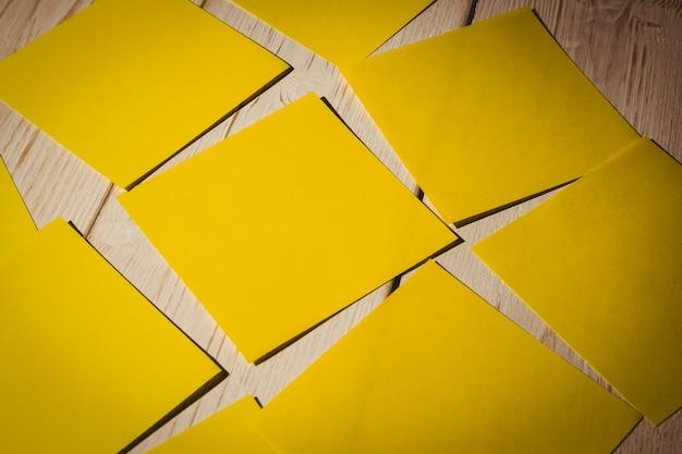 Yellow post its