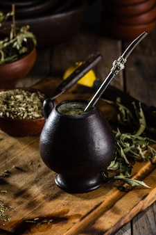 Yerba mate - chá de erva de bebida quente da américa latina