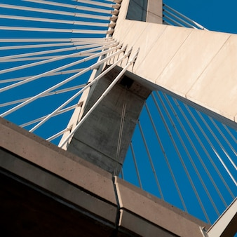 Zakim bunker hill bridge em boston, massachusetts, eua