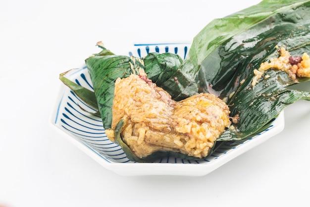 Zongzi de carne de bolinho de arroz chinês festival do barco do dragão