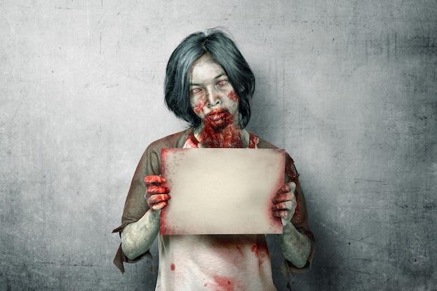 Zumbis assustadores com sangue e ferida no corpo dele segurando uma tabuleta