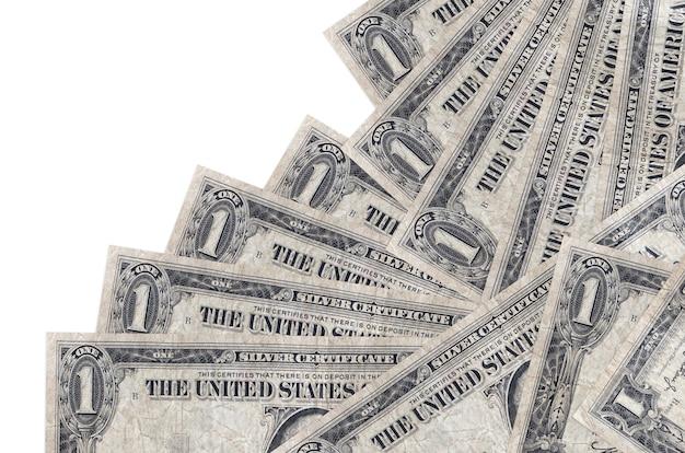 1 us-dollar-scheine liegen in unterschiedlicher reihenfolge isoliert auf weiß. lokales bank- oder geldverdienungskonzept.